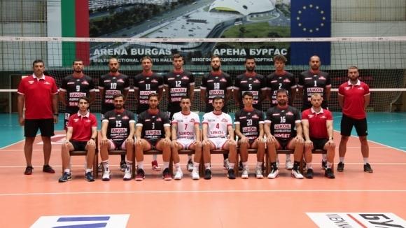 Всички волейболисти на Нефтохимик 2010 (Бургас) са здрави. Това установиха