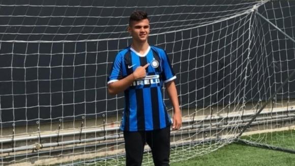 Българският талант Никола Илиев дебютира за новия си клуб Интер