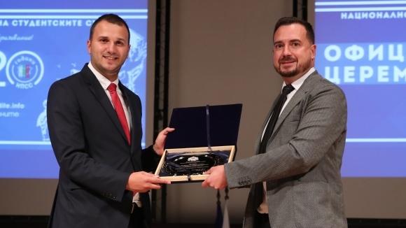 Зам.-министърът на младежта и спорта Николай Павлов присъства на официалното