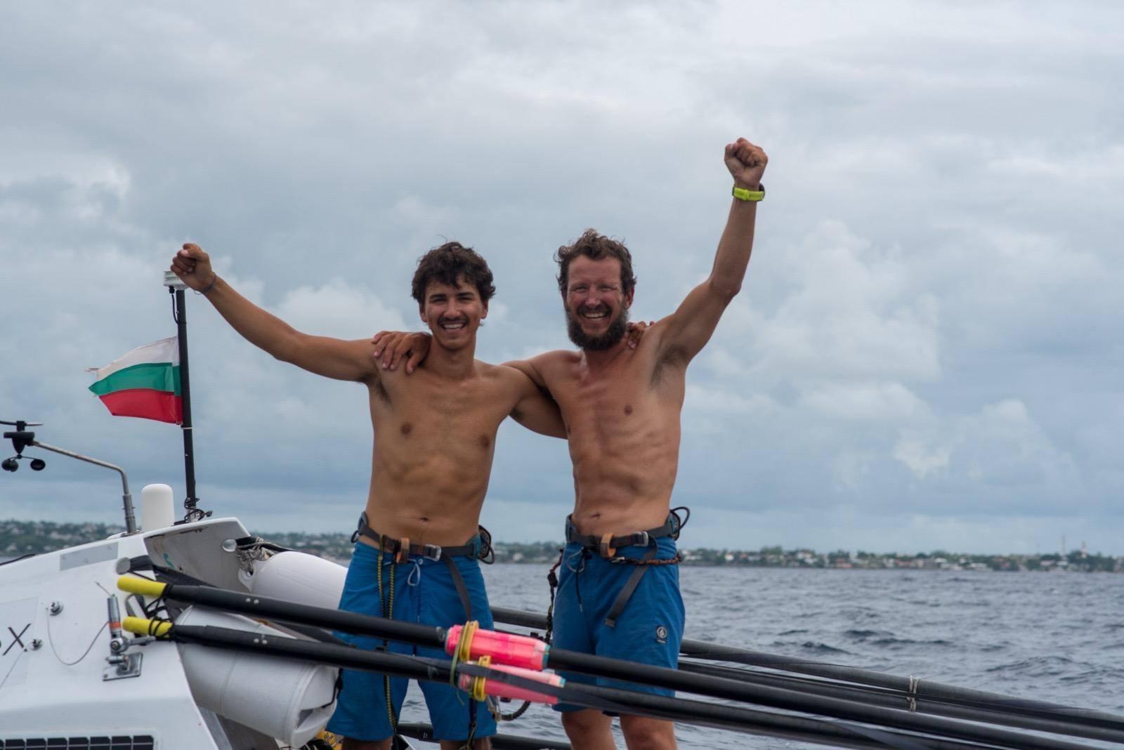 Стефан и Макс Иванови– баща и син, прекосиха океана със