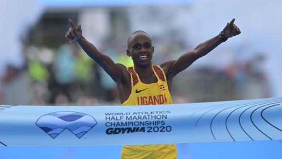Угандиецът Джейкъб Киплимо спечели световната титла по полумаратон при мъжете