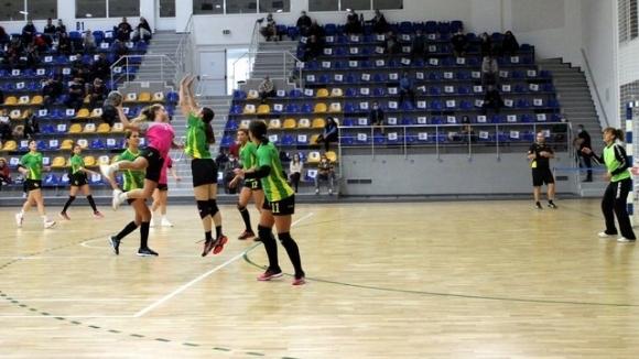 Хандбалният тим на Шумен 98 загуби от Свиленград с 22:29