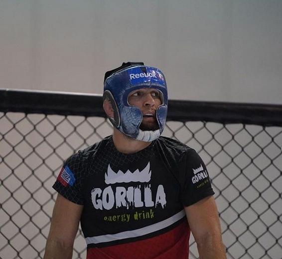 Действащият шампион на UFC в лека категория Хабиб Нурмагомедов публикува