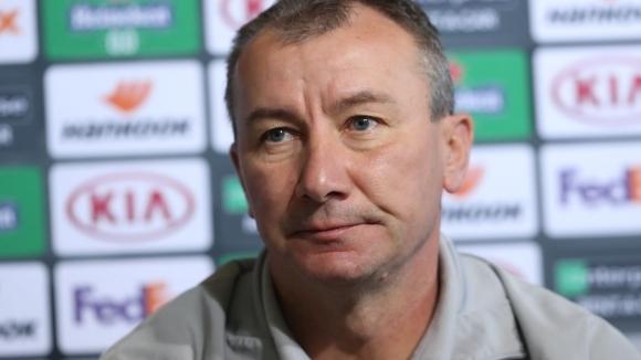 ЦСКА-София освобождава старши треньора Стамен Белчев, твърди БТА. Причината за