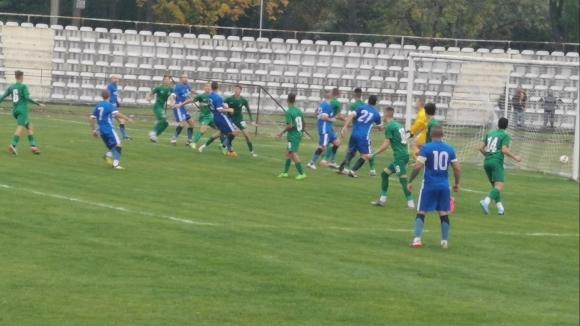 Футболистите на постигнаха трудна, но заслужена победа с 2:1 над