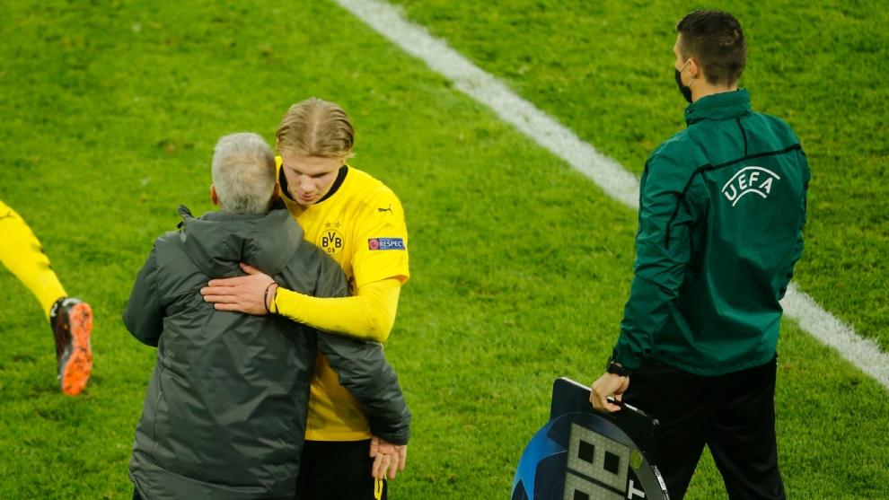 Спортният директор на Борусия (Дортмунд) Михаел Цорк затвори вратата за