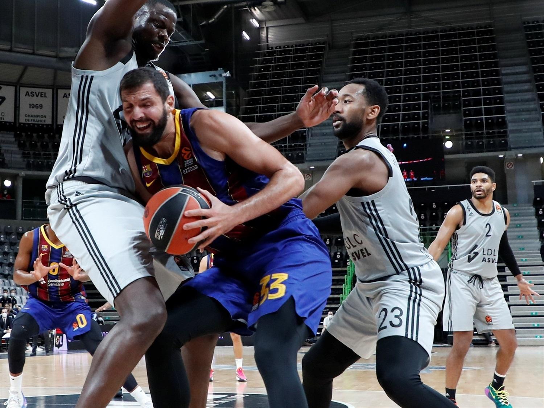 Лидерът в баскетболната Евролига за мъже Барселона допусна второ поражение