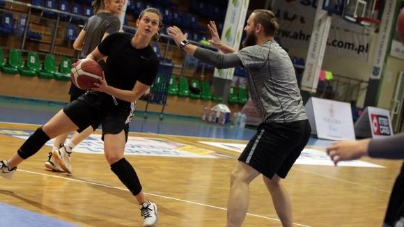 Трета поредна победа в полския баскетболен шампионат записа отборът на