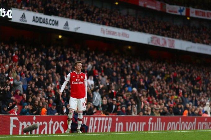Бившият полузащитник на Арсенал Фреди Люнгберг постави под съмнение решението