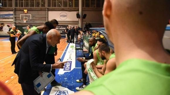 Наставникът на баскетболния Берое Любомир Минчев акцентира върху неточните отигравания,
