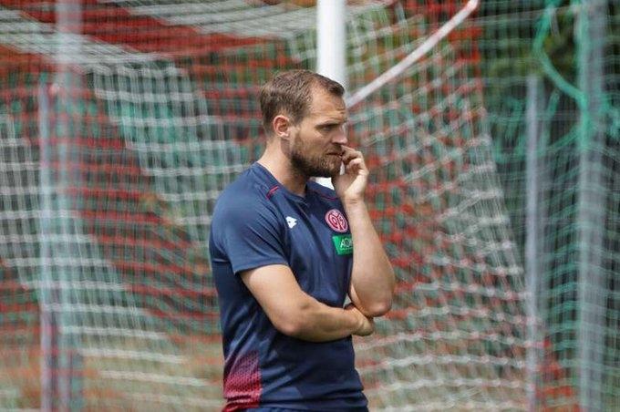Бившият датски национал Бо Свенсон бе назначен за старши треньор