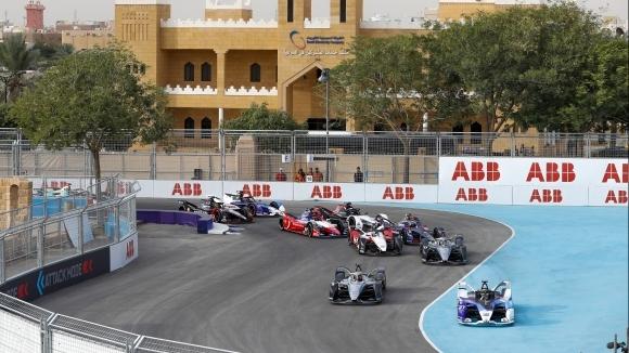 От Международната автомобилна федерация (ФИА) обявиха официално къде ще стартира