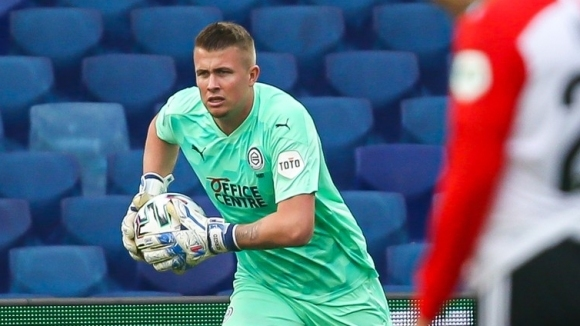 Хегемонът в българския футбол в последните девет години е подписал