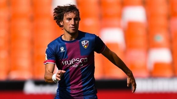 Испанският полузащитник на Уеска Хуан Карлос Реал е с положителен