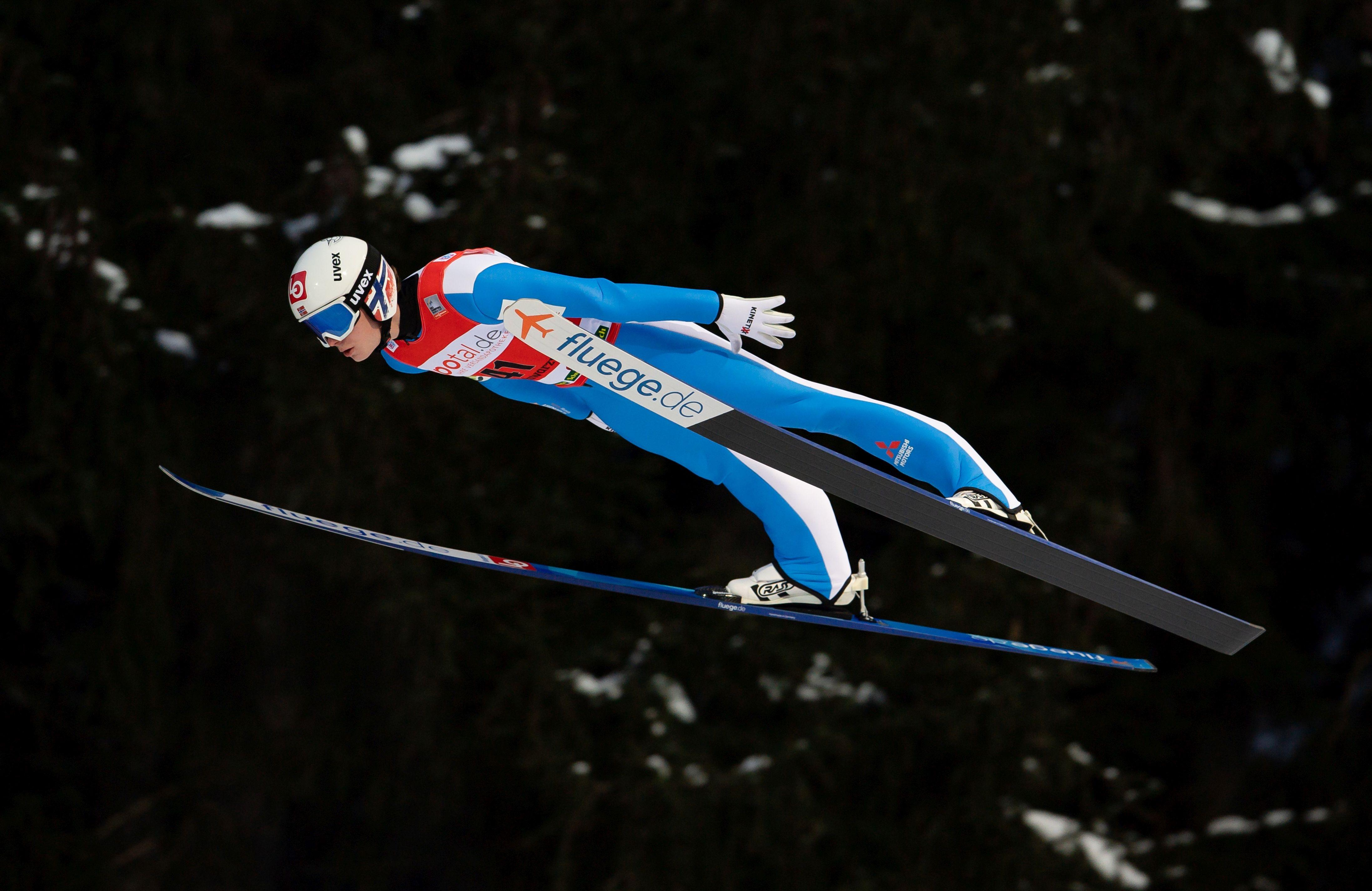 Норвежецът Мариус Линдвик спечели състезанието от Световната купа по ски