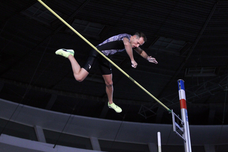 Бившият световен рекордьор в овчарския скок Рено Лавийени започна 2021