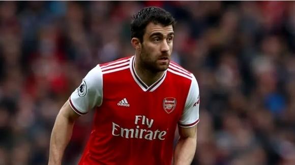 Три италиански клуба проявяват интерес към гръцкия свободен агент ,