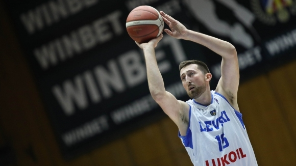 Отборът на Левски Лукойл се върна към победите след категоричен