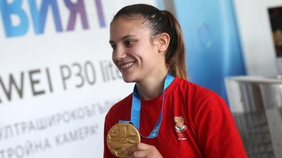 Най-добрата българска състезателка по олимпийското карате в момента Ивет Горанова