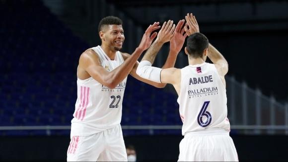 Баскетболният отбор на Реал Мадрид продължава блестящото си представяне в