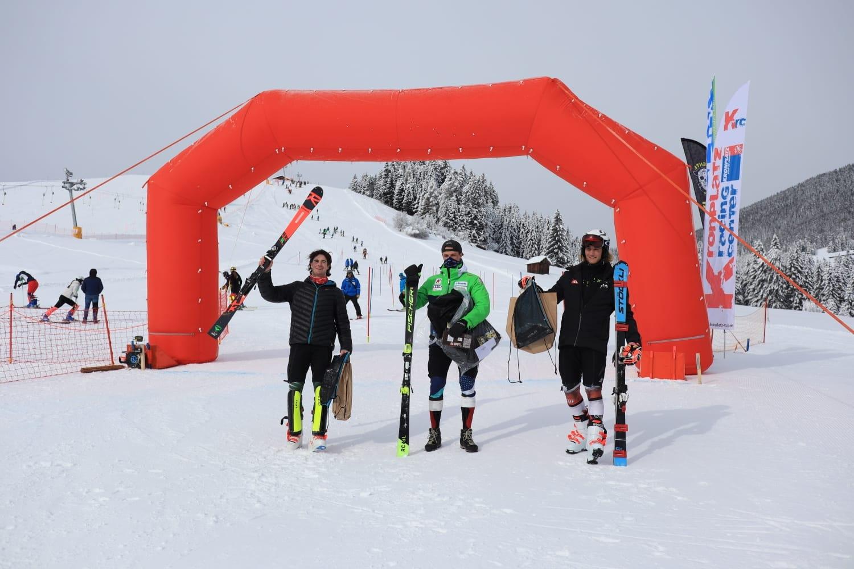 Българският алпиец Камен Златков записа четвърта поредна победа в състезание