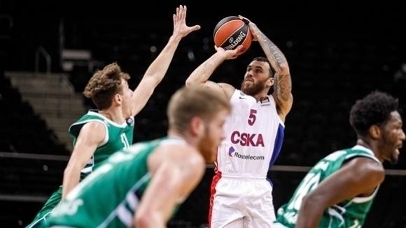 Голямата звезда на баскетболния ЦСКА (Москва) Майк Джеймс отново се