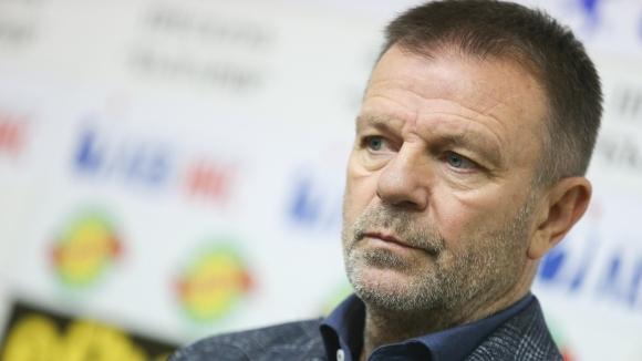 Легендата на ЦСКА Стойчо Младенов обяви подкрепата си към собственика