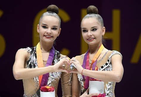 Звездите на руския национален отбор по художествена гимнастика - сестрите