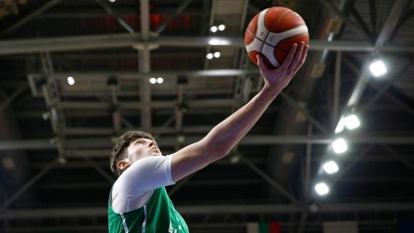 Изгряващата звезда на българския баскетбол Константин Костадинов получи похвали от