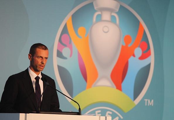 УЕФА ще вземе решение за формата на допускане на зрители