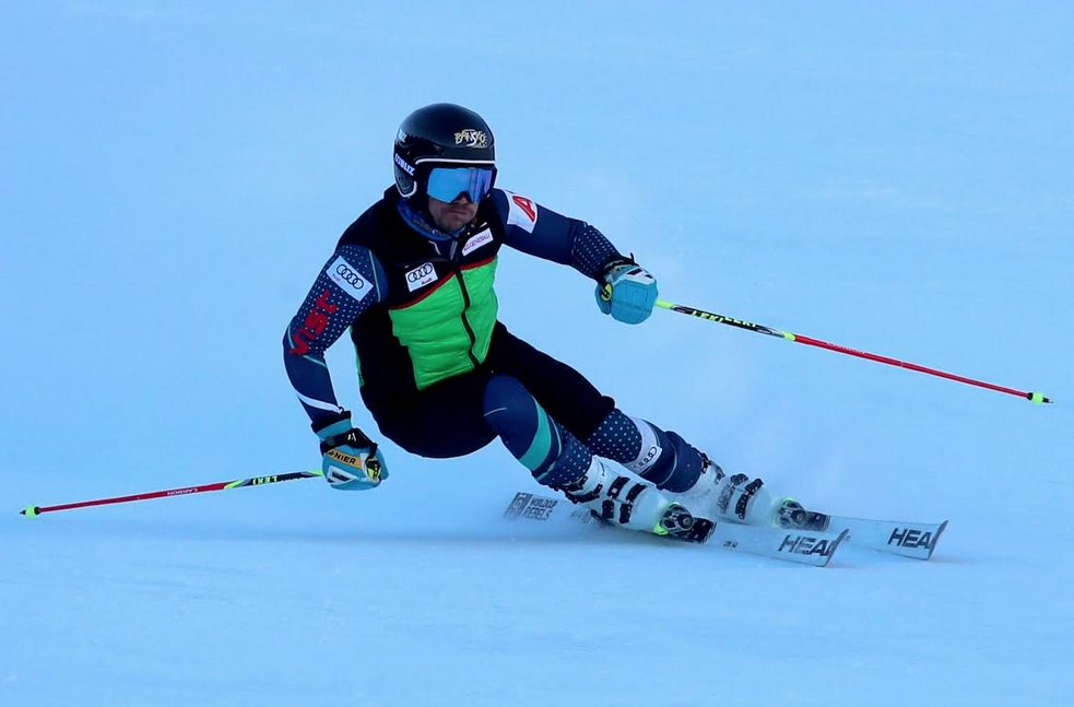 Най-добрият българския скиор алпиец Алберт Попов ще бъде единствен наш