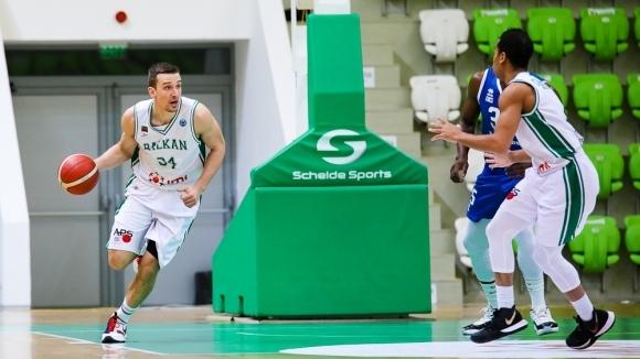 Звездата на националния ни отбор по баскетбол и на Балкан