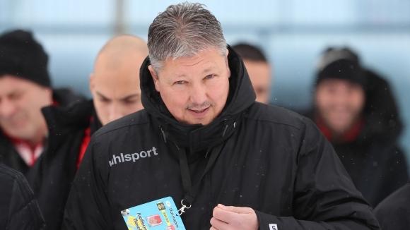 Наставникът на Царско село Любослав Пенев похвали футболистите си след