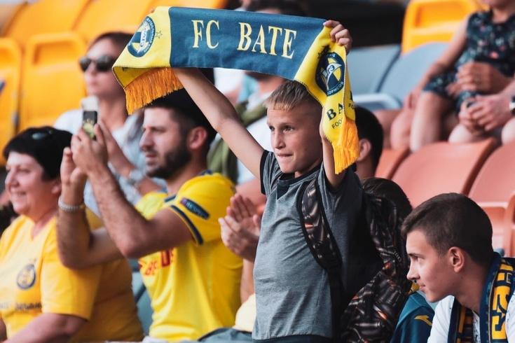 И футболът в Беларус рискува да остане без публика, след