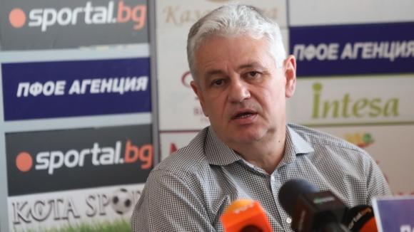 Бившият треньор на Лудогорец и Левски Стойчо Стоев говори за