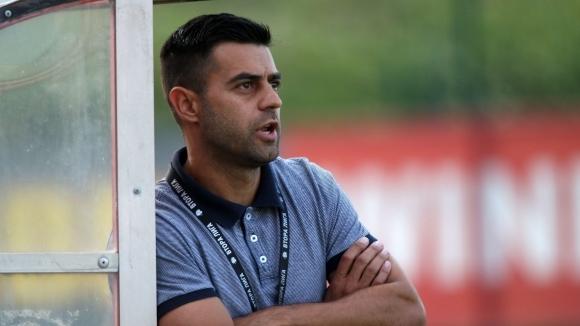Петър Златинов е новият старши треньор на устремилия се към