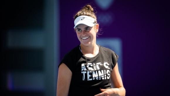 Финалистката от Откритото първенство на Австралия Дженифър Брейди (САЩ) загуби