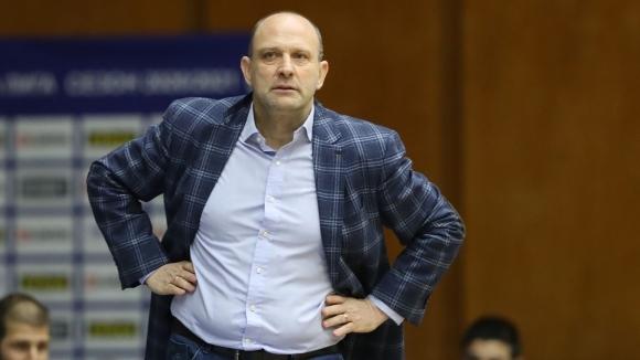 Наставникът на Левски Лукойл Константин Папазов изрази първите си впечатления