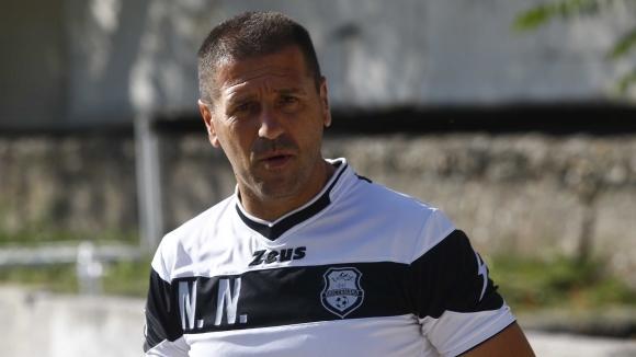 Старши треньорът на коментира загубата на своя тим в дербито