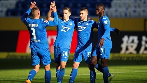 Отборът на Хофенхайм постигна домакинска победа с 2:1 над Волфсбург