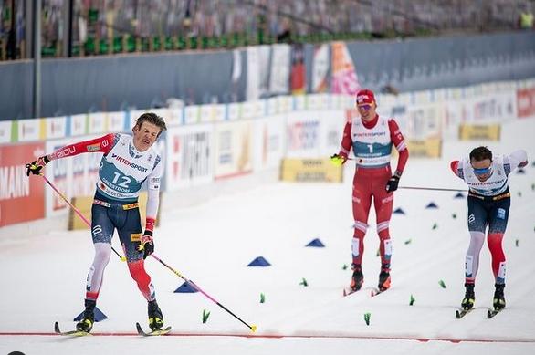 Норвежецът Йоханес Клаебо завърши по перфектен начин участието си на