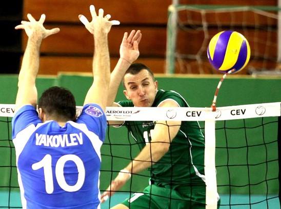 Феноменален Супер Бобо с 28 точки! ПАО губи в драма от Динамо (М) с 2:3 в ШЛ
