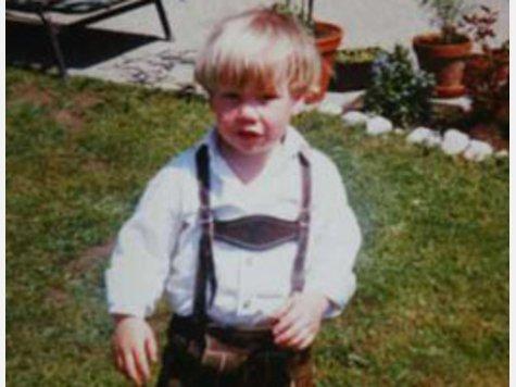Бастиан Швайнщайгер като 3-годишен през 1987