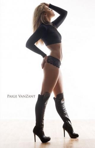 Пейдж ВанЗант новата звезда на женската ММА