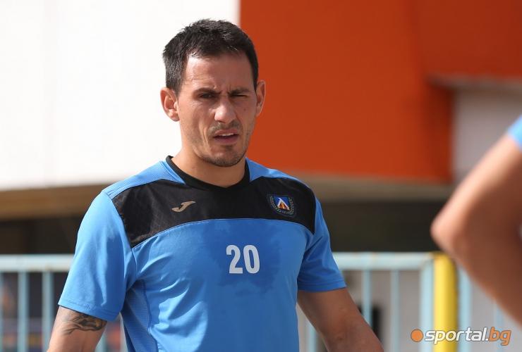Живко Миланов тренира с Левски