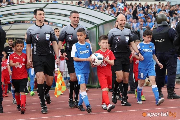 Георги Тодоров, Никола Попов, Мартин Венев
