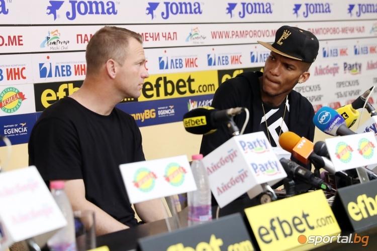 Фернандо Каранга бе избран за играч на месеца