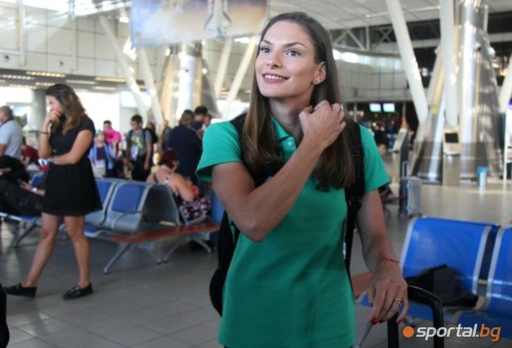 Габриела Петрова, Александра Начева и Милена Миткова заминаха за Европейското