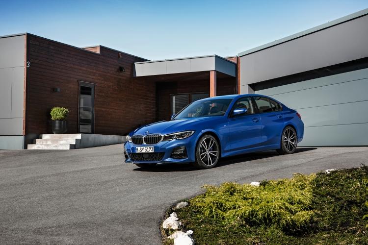 Новото поколение на BMW Серия 3 дебютира в Париж