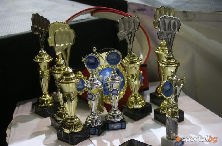 Трофеите за участниците в SFC 7 Avatars